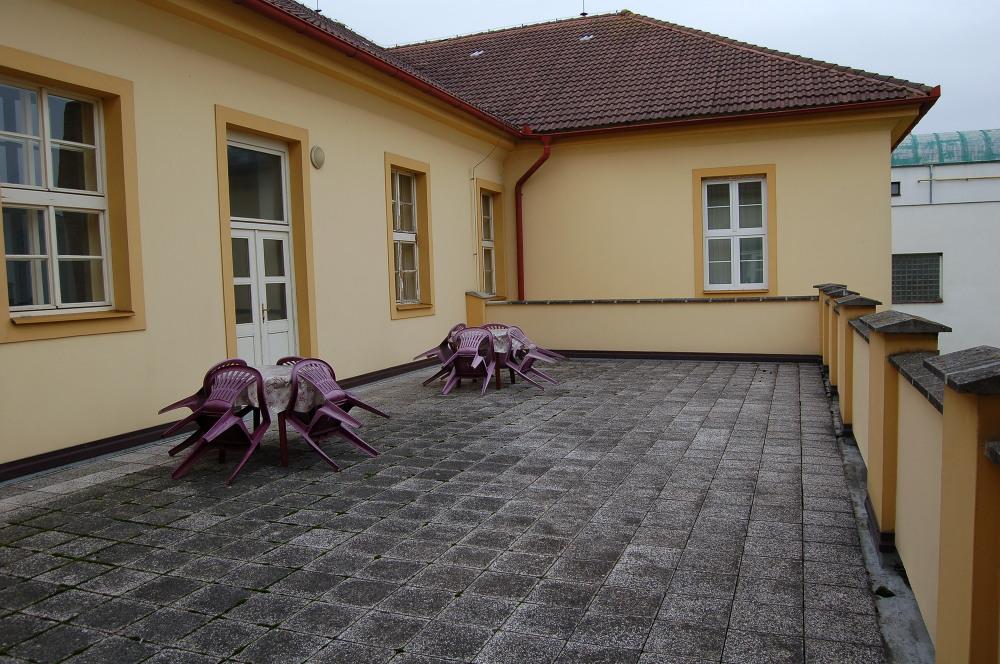 Terasa Dm | VOŠ, SPŠ a OA Čáslav