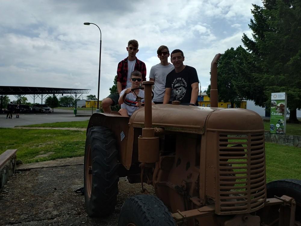 Muzeum Traktor   VOŠ, SPŠ a OA Čáslav