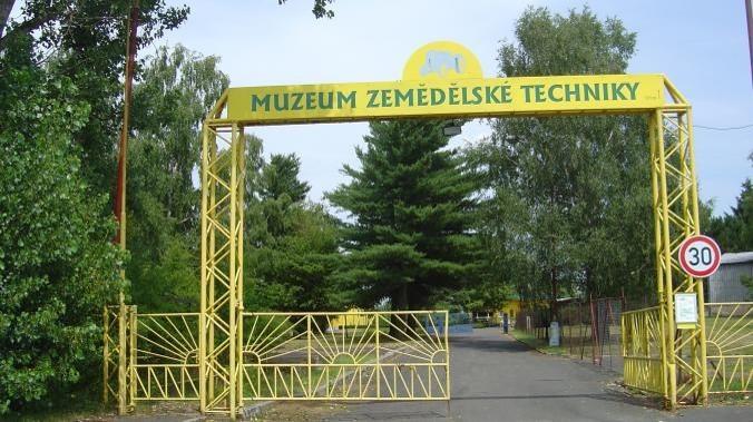 Muzeum Vjezd   VOŠ, SPŠ a OA Čáslav