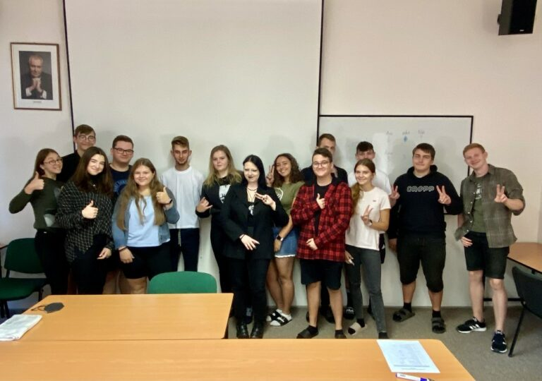 Školní Parlament | VOŠ, SPŠ a OA Čáslav
